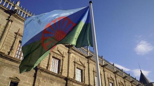 bandera-gitana-parlamento--644x362_500x